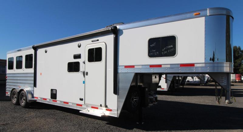 "2019 Exiss Escape 7310 - 10' S.W. Living Quarters 3 Horse Aluminum Trailer - 7'6"" Tall - Easy Care Flooring - Jail Bar Dividers - Lined & Insulated Ceiling PRICE REDUCED $4600"
