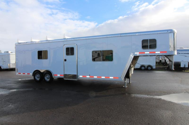2014 Featherlite 4941 26 Toy Hauler - All aluminum - Custom Trailer - Set for Living Quarters - Unique Trailer Check It Out! PRICE REDUCED $1,500
