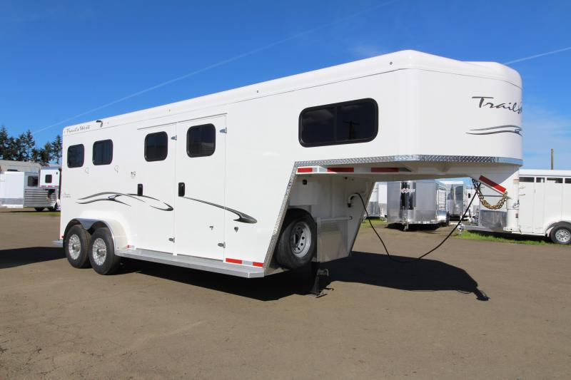 "2019 Trails West Classic 2 Horse Trailer - 7'6"" Tall PRICE REDUCED - Comfort Package - Side Tack - Upgraded Axles"