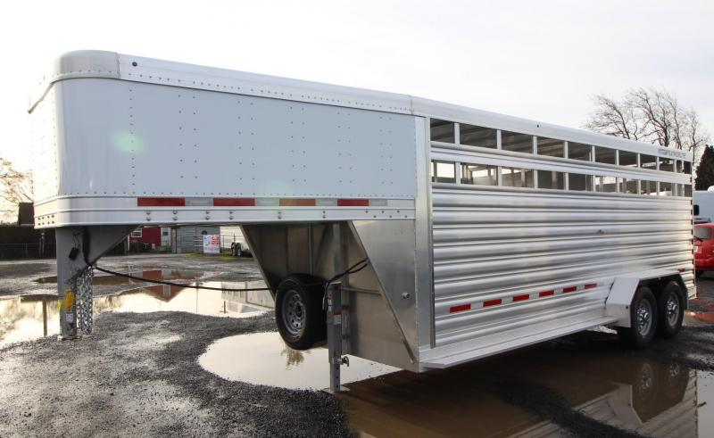 2020 Featherlite 8117 - 20ft Livestock Trailer  w/ Escape door &  Sorting door - 7' Tall - Calf Gate