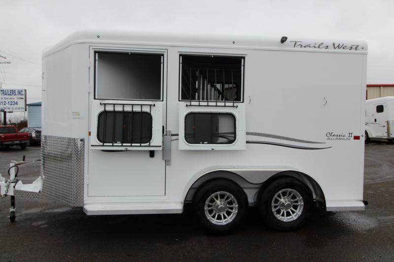 NEW 2019 Trails West 2 Horse Classic Trailer - Escape Door - 7' Tall and Wide - Aluminum One Piece Roof - 3500lb Axles PRICE REDUCED $1000