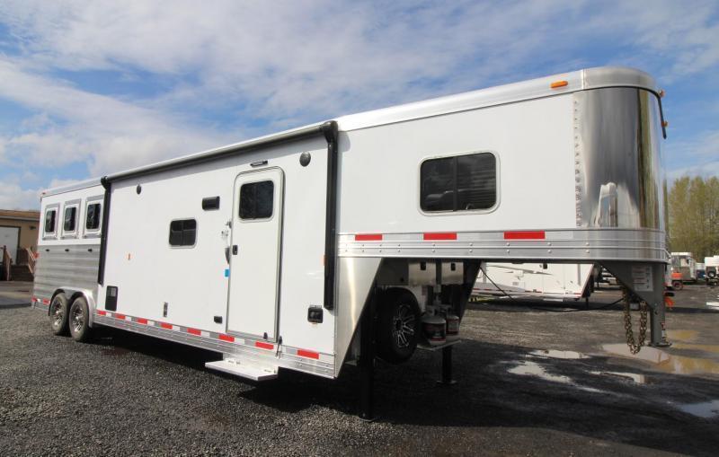 2019 Exiss Endeavor 8312 Horse Trailer W/ Slide - Easy Care Flooring - PRICE REDUCED $3900