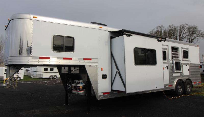 2019 Exiss Endeavor 8310 Living Quarters 10' w/ Slide 8' Wide 3 Horse Trailer - All Aluminum PRICE REDUCED $6100 - Easy Care Flooring