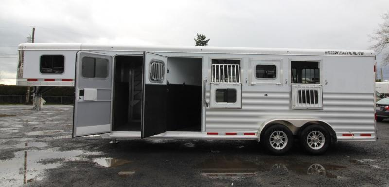 2020 Featherlite 7541 - Legend 4 Horse Trailer Large Dressing Room w/ Rear Tack - Jail Bar Dividers