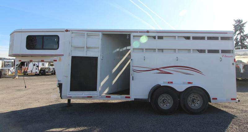 2007 Titan Classic 3 Horse Extra Tall Trailer w/ Large Tack Room - Escape Door
