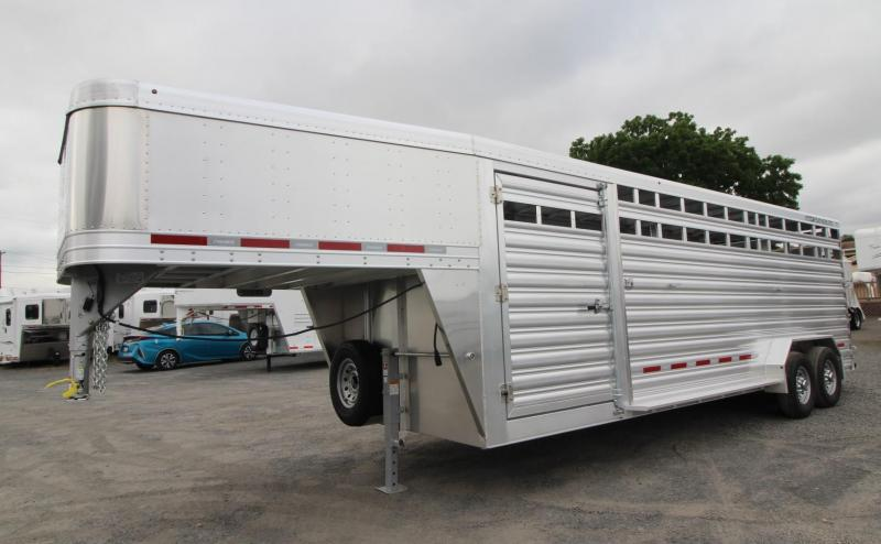 2020 Featherlite 8127 - 24ft Livestock Trailer - Sorting Doors - Driver side escape door - Stock air flow vents