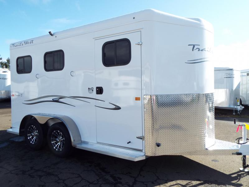 2020 Trails West Manufacturing 2020 Trails West Classic 2H Slant -WARMBLOOD SIZE Horse Trailer