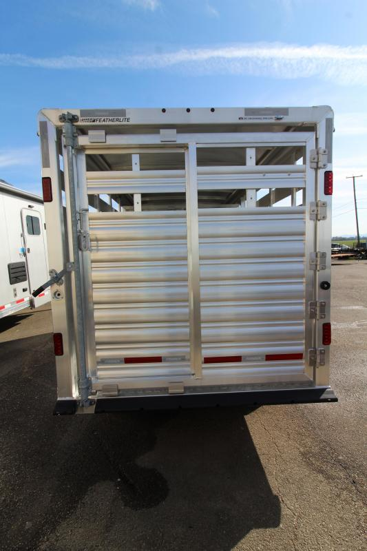 2020 Featherlite 8107 - 16' Livestock Trailer - All Aluminum Construction - Sliding Rear Gate and Slider in Sort Gate