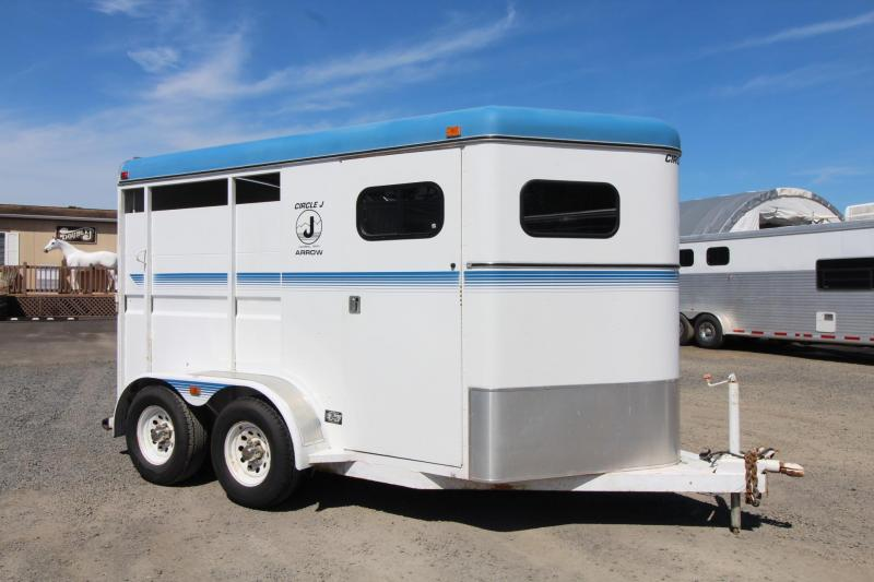 1994 Circle J Arrow 2 Horse Trailer