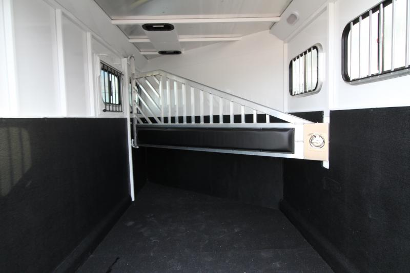 NEW 2019 Trails West Classic 2 Horse Trailer - UPGRADED Extra Tall 7'6 - Aluminum One Piece Roof - Triple Wall Construction - Divider Pads