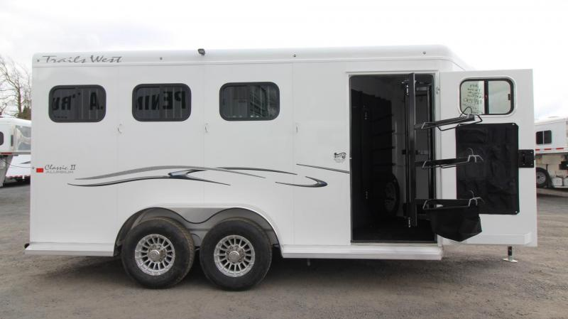 """2019 Trails West Classic 3 Horse Trailer PRICE REDUCED - Escape Door  - Lined and Insulated Roof - 7'6"""" Tall"""