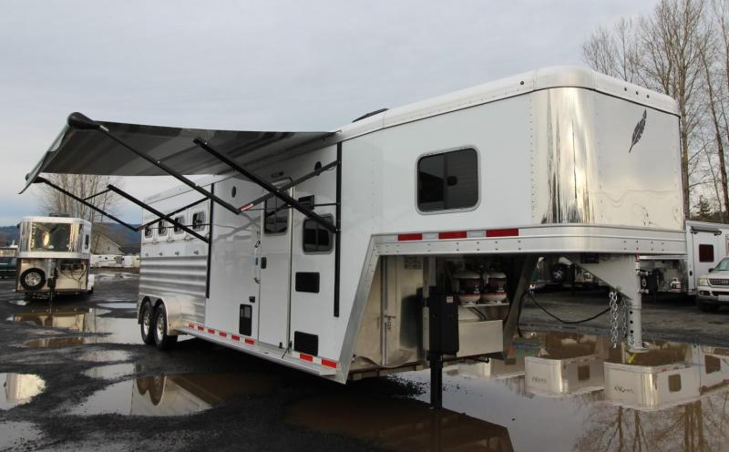 2020 Featherlite 7841 Legend 8ft SW Living Quarters 4 Horse Trailer w/ Tail Side Drop Down Windows