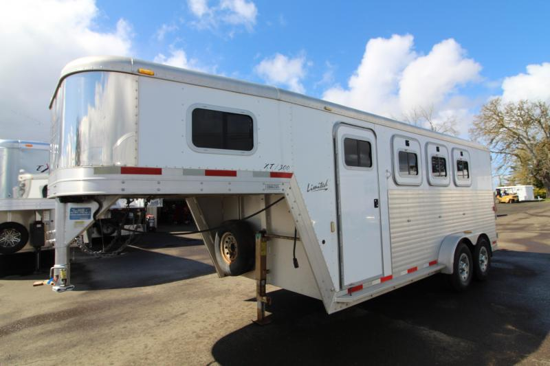 Used 2003 Exiss 3H Gooseneck Trailer-All Aluminum-Back Tack-Horse Area Lined + Insulated
