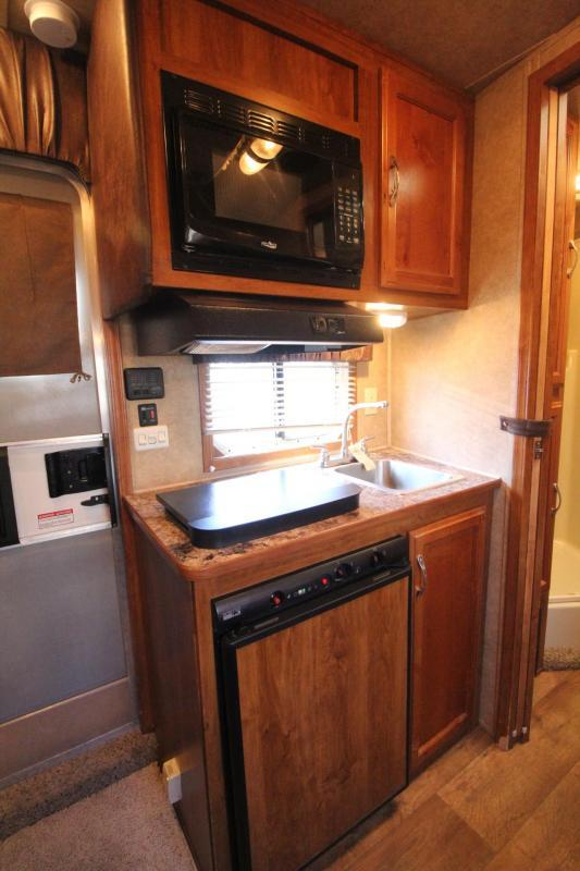 2015 Kiefer Freedom 7308 Living Quarters Aluminum 3 Horse Trailer PRICE REDUCED $1600- Stud Divider in First Stall - Padded Jail Bar Dividers -  Roof Vents in each Stall