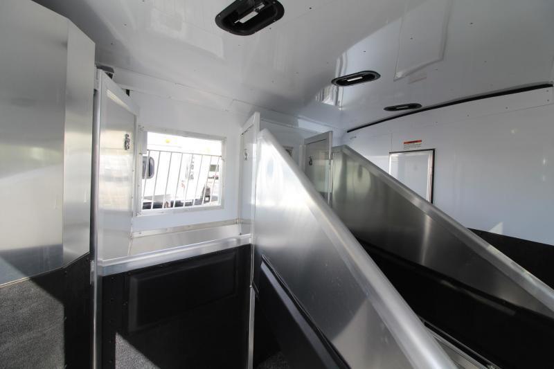 2019 Exiss Endeavor 8312 Horse Trailer W/ Slide - Easy Care Flooring - PRICE REDUCED