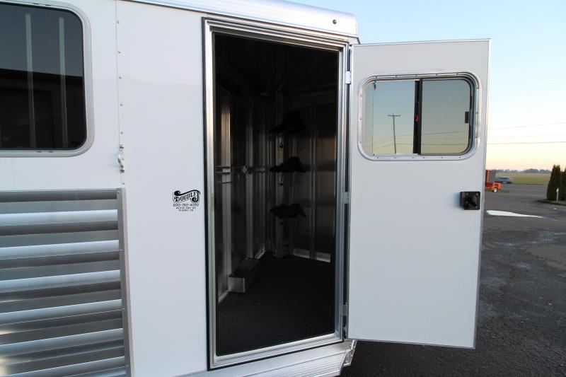 2020 Exiss Express XT Horse Trailer - Drop Down Feed Windows -  Pop-up Roof Vents - Double Rear Doors
