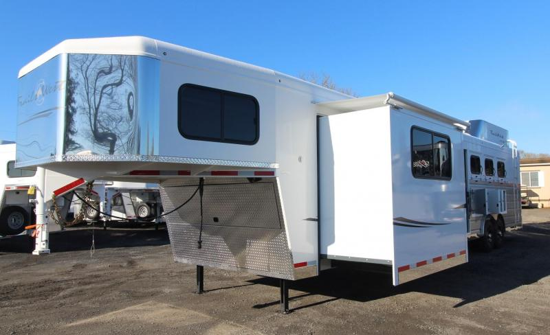 2019 Trails West Sierra 15' x 19' Living Quarters w/ Slide PRICE REDUCED - Bunk Bed - Generator Ready - 4 Horse Trailer