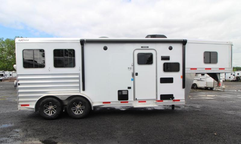2019 Exiss 7208 - 8' Short Wall Living Quarters 2 Horse All Aluminum Trailer - Easy Care Flooring - Stud Divider