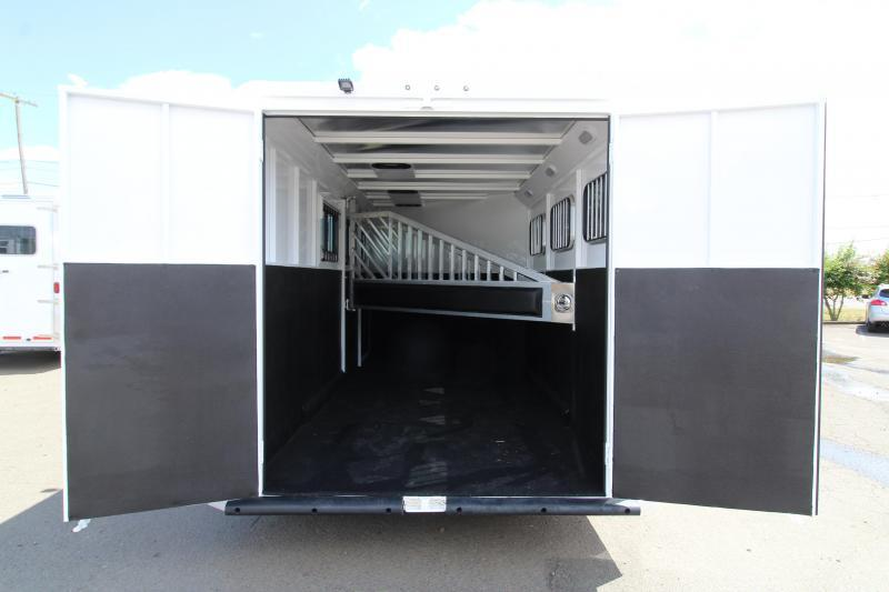 2020 Trails West Classic 3 Horse Trailer - First Stall Escape Door - Swing Out Saddle Rack - Aluminum Skin