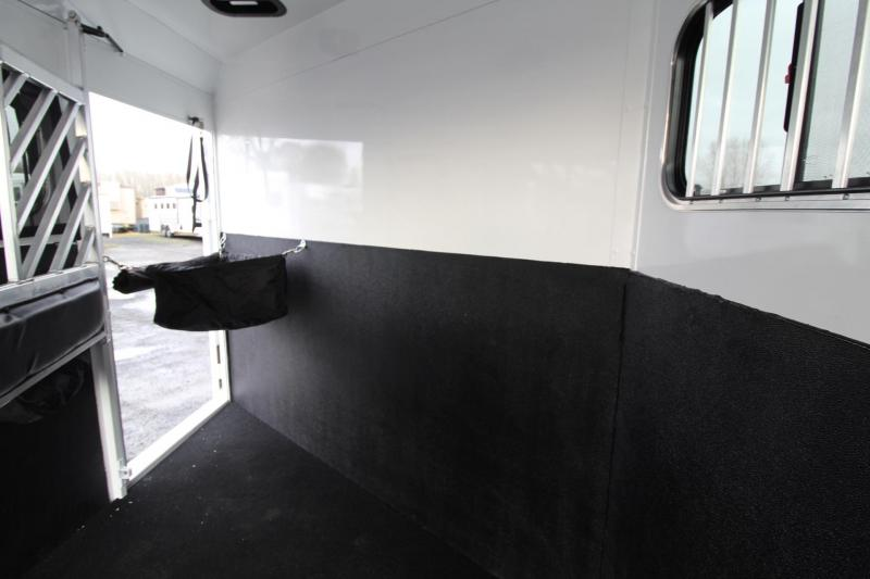 """2020 Trails West Sierra Select 7'6"""" Tall 3 Horse Trailer Seamless Aluminum Vacuum Bonded Walls & Roof"""