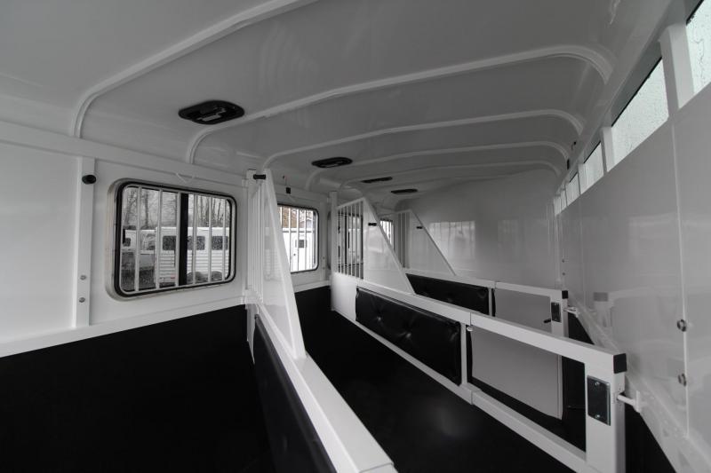 "2019 Thuro-Bilt Shilo 7'6"" Tall 4 Horse Trailer PRICE REDUCED - Drop Down Windows Headside - Sealed Tack Room"