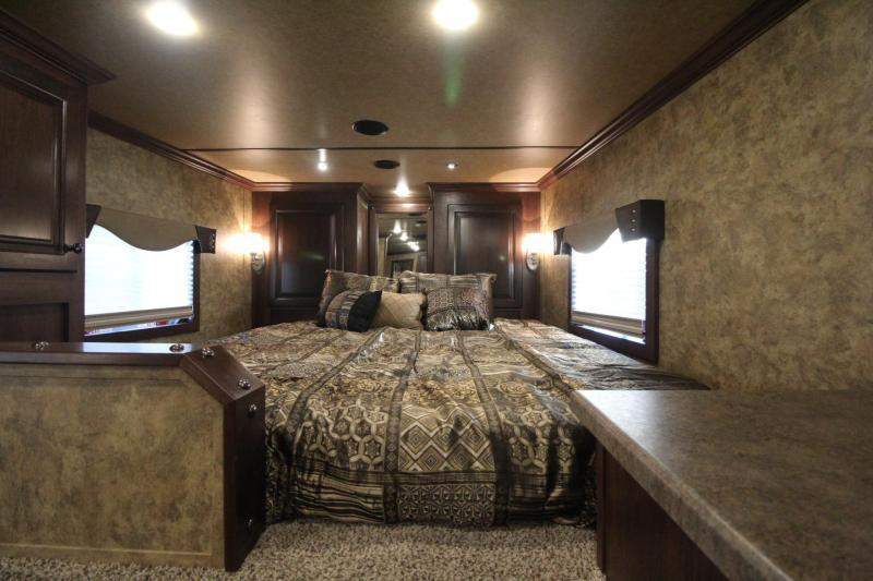 2019 Exiss Endeavor 8312 Living Quarters w/ 12' Short Wall 3 Horse Trailer - Easy Care Flooring - All Aluminum - Spare Tire - GENERATOR -  PRICE REDUCED $4000
