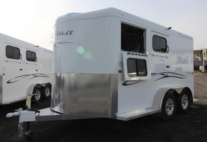 2019 Trails West Classic II 2 Horse Trailer PRICE REDUCED - Steel Frame Aluminum Skin - Convenience Package - Fold-out Saddle Rack