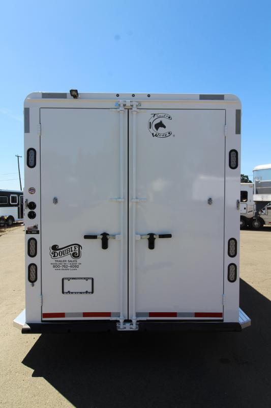 2020 Trails West Classic 3 Horse Trailer - Upgraded Overnighter Package - Roll Out Screen Door - Heater - Side Tack - Escape Door - Stud Wall - Pass Through Door