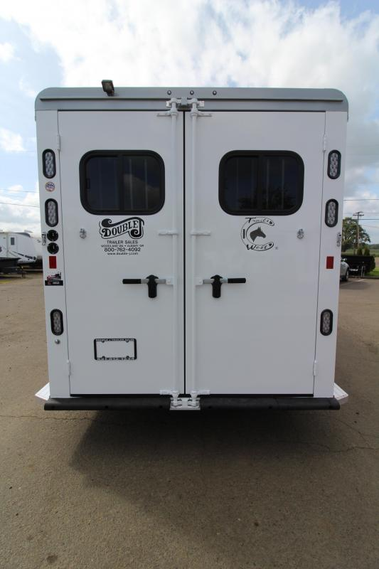 NEW 2019 Trails West Sierra Select 3 Horse Bumper Pull Trailer - Vacuum Bonded Aluminum Construction - Escape Door - Fully Lined and Insulated