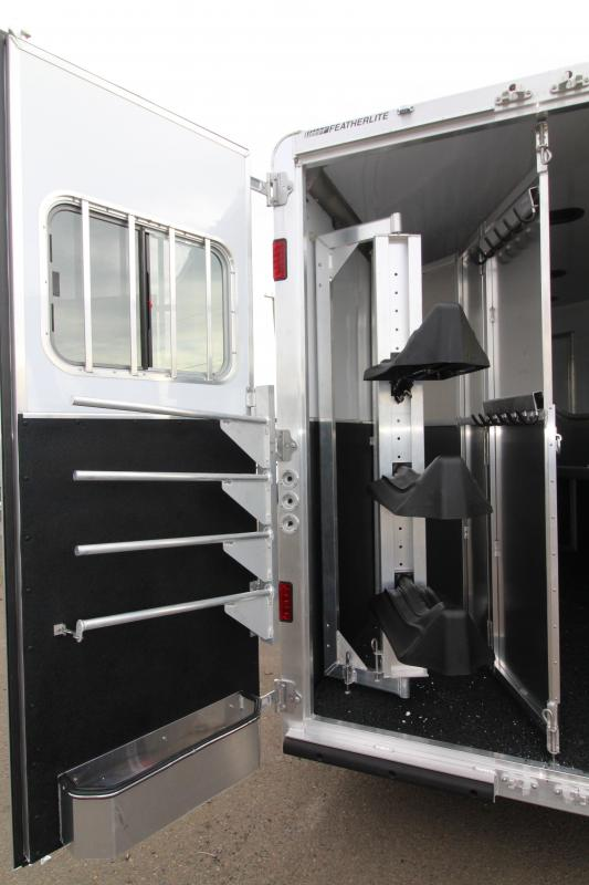 2020 Featherlite 7841 Model 3 Horse 10' Short Wall Living Quarters w/ Slide Out - Power Awning - Folding Back Tack - All Aluminum Construction
