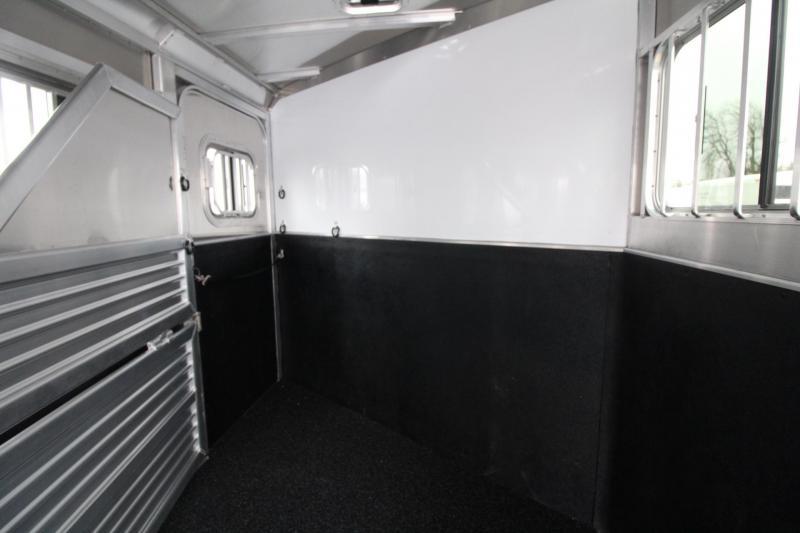 "2020 Featherlite 8541 - 6 Horse 7'6"" Tall w/ Large Tack Room Aluminum Trailer"