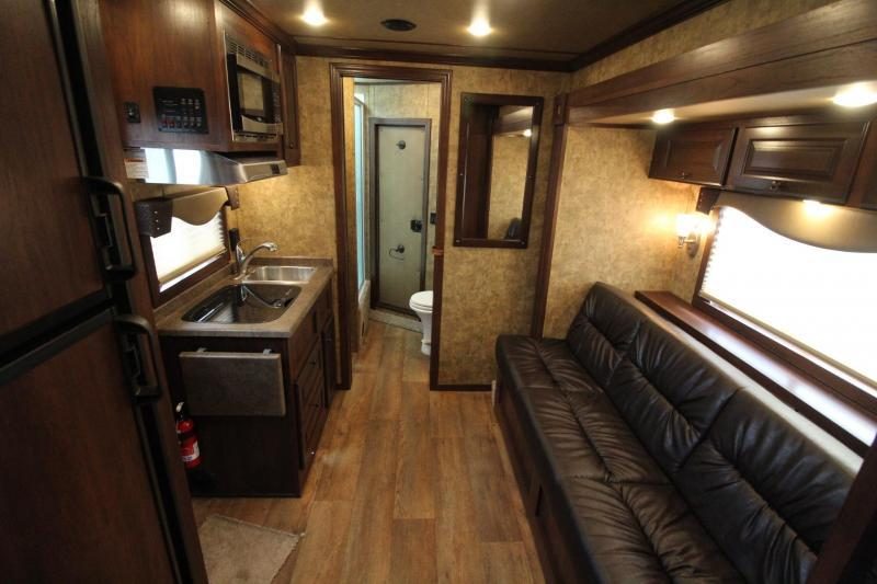 "2019 Exiss Escape 7410 - 10'6"" SW Living Quarters w/ Slide 4 Horse - Easy Care Flooring - Alum Trailer PRICE REDUCED"