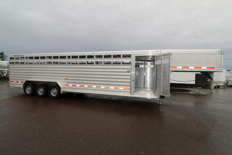 NEW 2019 Featherlite 8127 All Aluminum 30ft Triple Axle Livestock Trailer - Dual Center Gates - Additional Clearance Lights - Adjustable Coupler