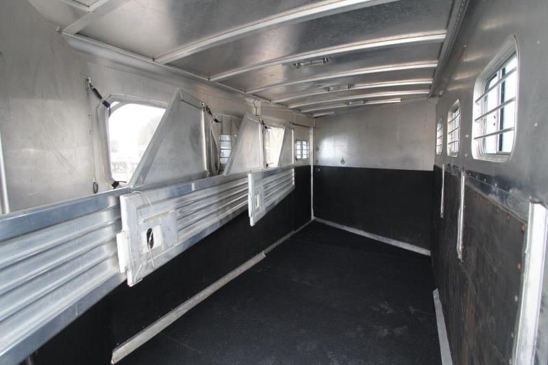 1999 Featherlite Weekender All Aluminum  4 Horse Trailer w/ Escape Door - Rear Tack - 4 Tier Saddle Stand - Mini Fridge - Microwave PRICE REDUCED $2500