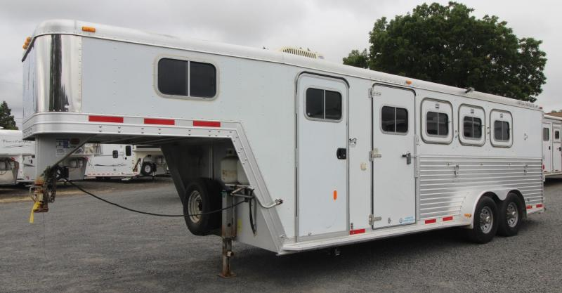 1999 Featherlite Weekender All Aluminum  4 Horse Trailer w/ Escape Door - Rear Tack - 4 Tier Saddle Stand - Mini Fridge - Microwave
