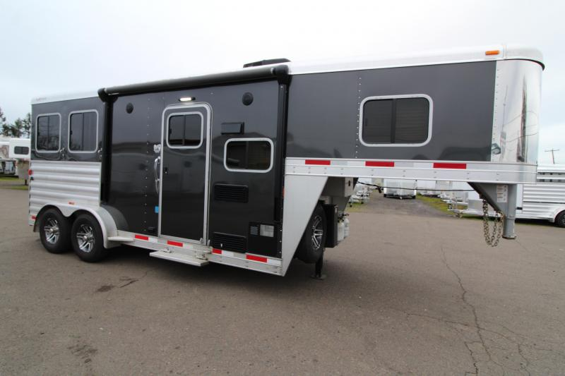 2017 Exiss Trailers Escape 7206 Horse Trailer - Preliminary Photos