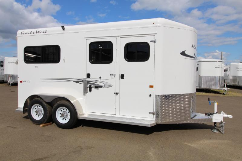 2020 Trails West Royale Plus 2H Straight Load Trailer-Rear Ramp-Removable Dividers-Water Tank