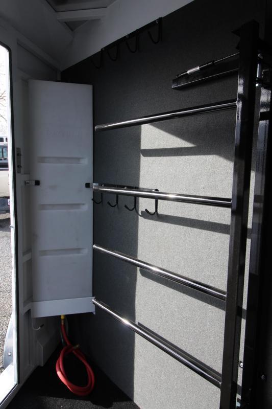 2019 Trails West Classic II 2 Horse Trailer - Hoof Grip Flooring - Steel Frame Aluminum Skin
