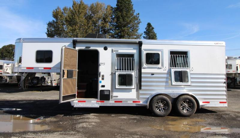 2020 Exiss Escape 7304 - 4ft Living Quarters 3 Horse Trailer - Power Awning - Escape door - Polylast Flooring