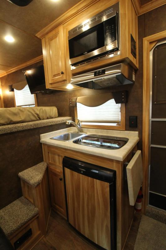 2020 Exiss Escape 7306 - 6ft SW Living Quarters 3 Horse Trailer - Easy Care Flooring - Stud Divider - Electric Awning PRICE REDUCED 1500