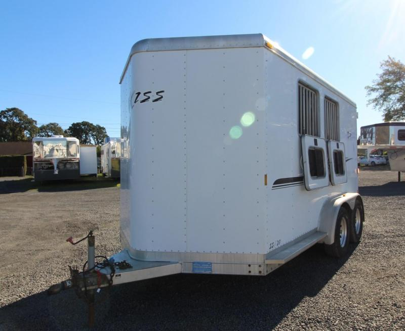 2006 Exiss SS 20 w/ Rear Tack - Bunks in dressing room 2 Horse Trailer
