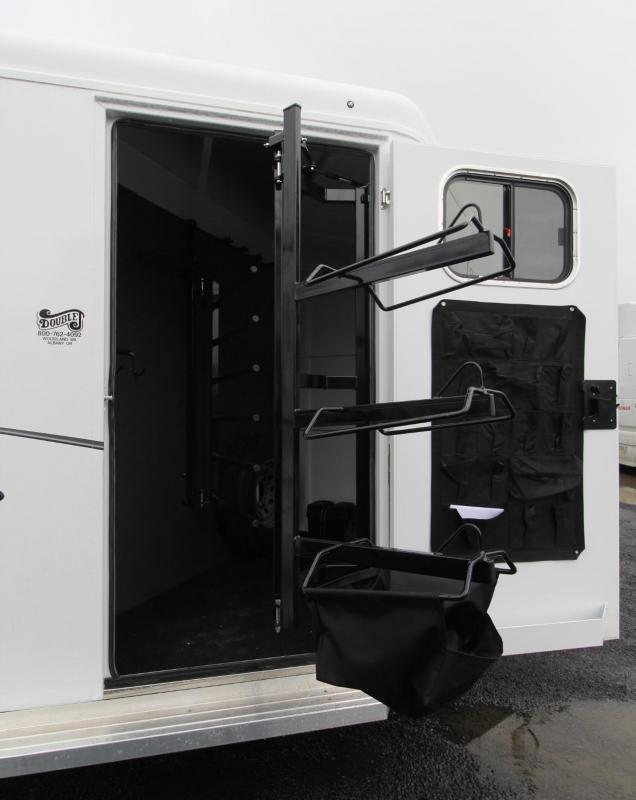 2019 Trails West Classic II 3 Horse Trailer w/ Escape Door PRICE REDUCED - Drop Down Feed Doors - Swing-out Saddle Rack - Aluminum Skin