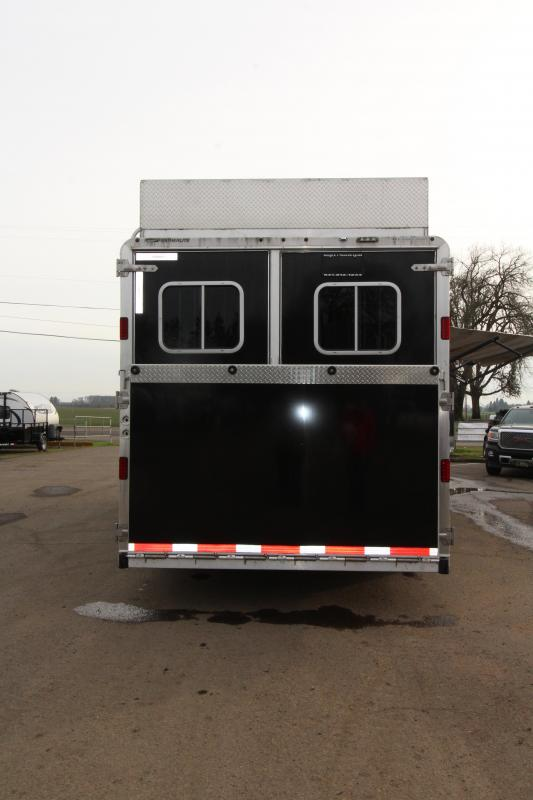 2016 Featherlite 9821 - All Aluminum - 11' SW LQ with Slide Out 3 Horse Trailer - With Rear Ramp - Mangers - Custom Diamond Plate Hay Rack - REDUCED PRICE