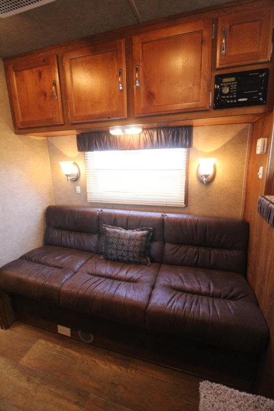 2015 Kiefer Freedom 7308 Living Quarters Aluminum 3 Horse Trailer PRICE REDUCED - Stud Divider in First Stall - Padded Jail Bar Dividers -  Roof Vents in each Stall