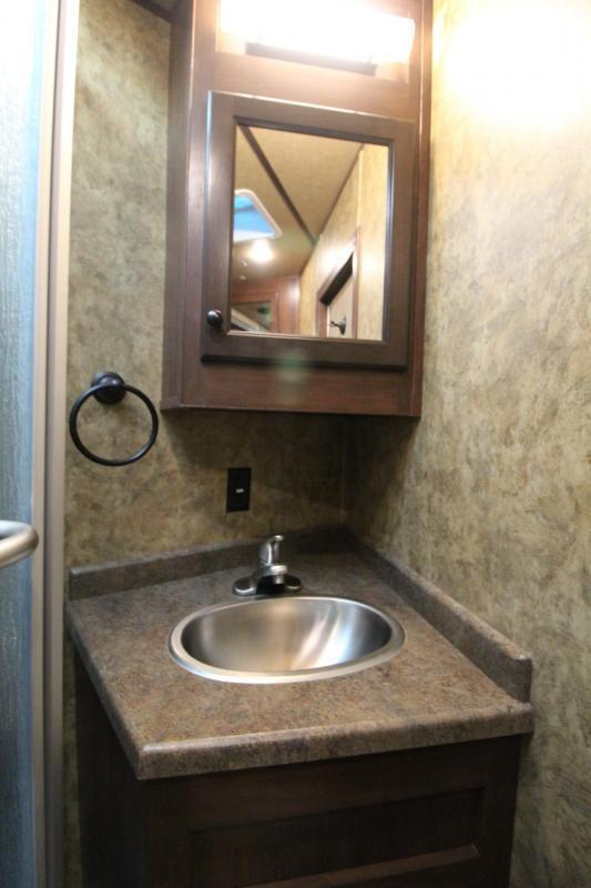 2019 Exiss Endeavor 8314 Living Quarters w/ Slide 3 Horse - Easy Care Flooring - Aluminum Trailer - Couch & Dinette PRICE REDUCED $6000