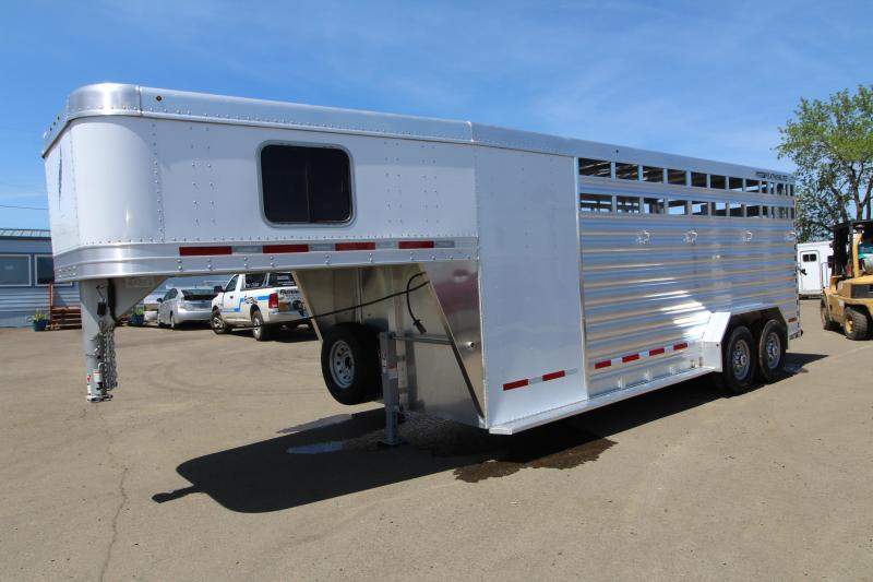 2020 Featherlite 8413 - 20' Livestock Combo All Aluminum Gooseneck Trailer - Fully Enclosed Tack Room