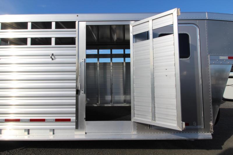 2020 Featherlite 8413 - 24ft Stock Combo Livestock Trailer