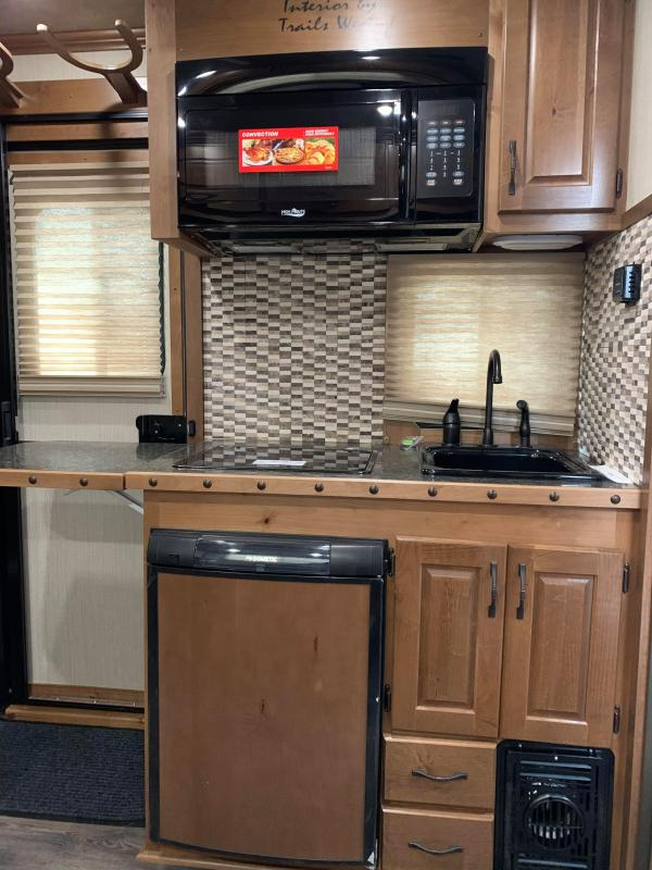 2020 Trails West Sierra 3 Horse Trailer 8' x 13' LQ w/ Slide - Dinette - Swing Out Saddle Rack - Lined and Insulated Horse Area