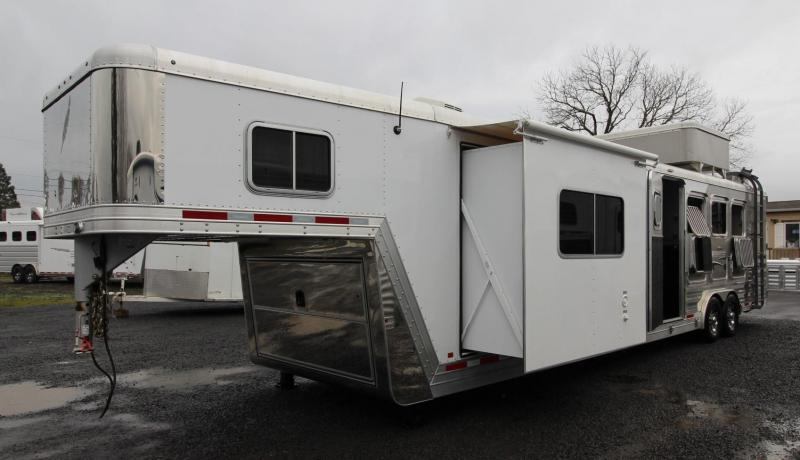 2015 Featherlite 8581 4 Horse 14.5FT SW Living Quarters Horse Trailer - Rear ramp; Side Tack - Generator - Hay Pod - Bale Bucker hay lift and more