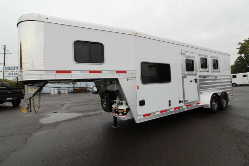 2020 Exiss 7306 3 Horse Living Quarters Trailer - Easy Care flooring - All aluminum construction - Fold up step under camper